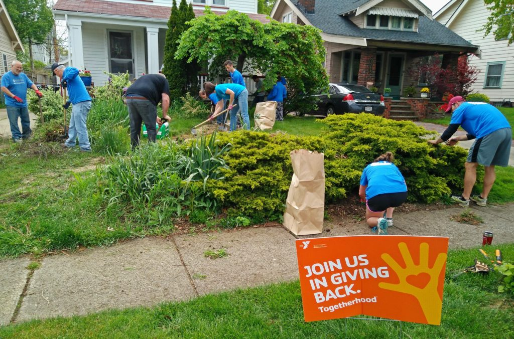LakewoodAlive volunteer project with Lakewood Family YMCA.