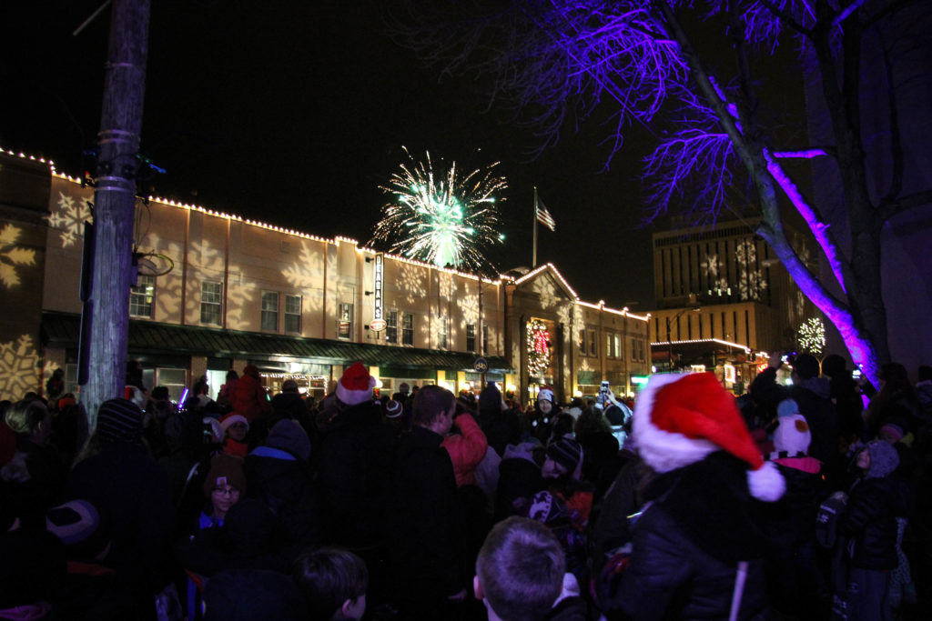 Guide to Light Up Lakewood 2017