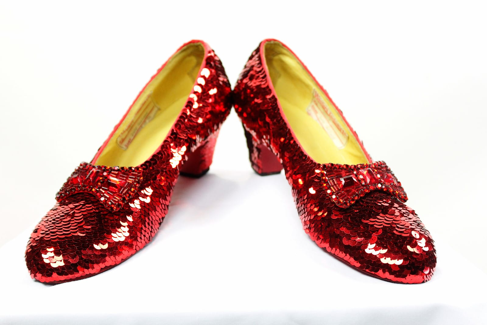 dorothys ruby slippers - HD 1600×1067