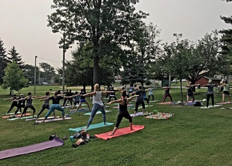 Sunday Morning Yoga in Kauffman Park